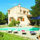 View information about Villa Marga 5 bedrooms, check availability and book online