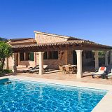 View information about Villa Can Justo 3 bedrooms, check availability and book online